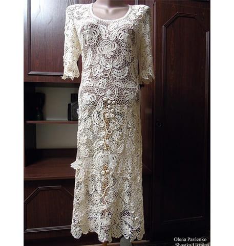 Вязанное длинное красивое платье